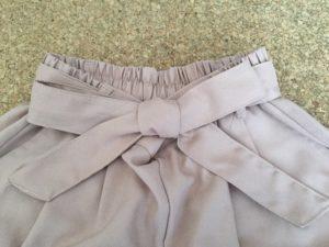 リボン結びの服のキレイな結び方!簡単!スカートやズボンドレス