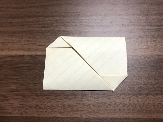 折り紙のような手紙の折り方正方形や長方形の紙で簡単シンプルな方法を